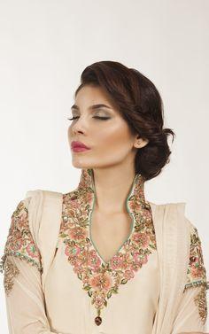 A Fashion Update: Different Types New Neck Designs Neck Designs For Suits, Neckline Designs, Dress Neck Designs, Salwar Designs, Kurta Designs Women, Embroidery Neck Designs, Embroidery Suits, Kurta Neck Design, Pakistani Dresses