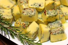 Freezing Herbs in Oil - keviniscooking.com