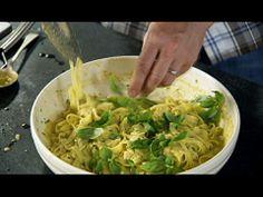 Receita de Talharim fresco com manjericão - Vídeos - Jamie Oliver - GNT