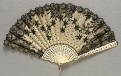 20th Century French designed fan of organdy and lace with sequins,ivory framed.   🌹