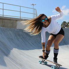 Sk8... Skate girl... @thaisluzz