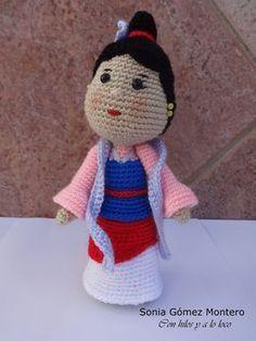 Threaded It Hot: Mulan Crotchet Animals, Knitted Animals, Crochet Dolls, Crochet Hats, Crochet Stitches, Crochet Patterns, Crochet Disney, Amigurumi Tutorial, Finger Puppets