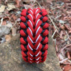 Nut Bracelet, Paracord Bracelets, Friendship Bracelets, Knots, Amazing, Diy, Ideas, Jewelry, Survival Bracelets