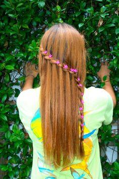 prettyyyyy waterfall braid with flowers