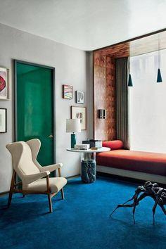 Gorgeous Interior using a Bold Colour Scheme.