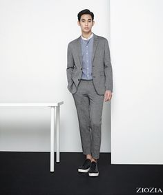 ZIOZIA's new spring ad campaign featuring Kim Soo Hyun consists of a modern, minimalistic pictorial … *sigh* much like ZIOZIA's past campaigns.       Sources  |  ZI…