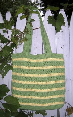 Free Crochet Pattern Stylin' Tote Bag by Cathy Phillipsclose