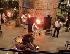 Glass blowing in Wheaton Village, NJ Nothing says a 4th grade class trip more...........