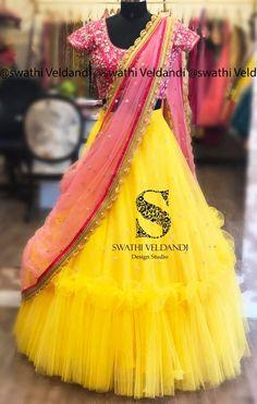 Kids Lehanga Design, Lehanga For Kids, Wedding Frock Designs, Wedding Lehenga Designs, Half Saree Lehenga, Lehnga Dress, Anarkali, Sarees, Indian Gowns Dresses
