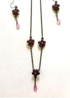 A vendre sur #vintedfrance ! http://www.vinted.fr/accessoires/parures/15945272-parure-collier-et-boucles-doreilles