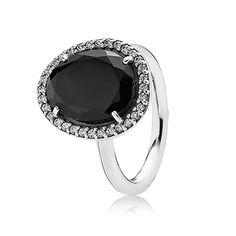 PANDORA | Silver ring with black spinel and cubic zirconia