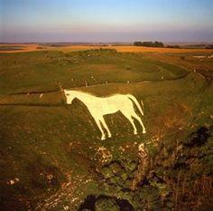 The Westbury or Bratton White Horse is a hill figure on Salisbury Plain in Westbury Salisbury Uk, Salisbury Plain, Chalk Hill, Places In England, White Horses, Green Man, Weird World, Weekend Trips, British Isles