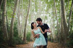 Sesión de fotos de pareja en el bosque en verano en Barcelona,   274km , barcelona, hospitalet, gala martinez, fotografia, photography, photographers, couple, parella,