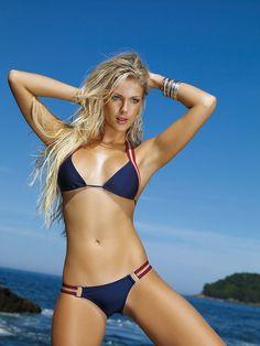 Ana Hickmann est un vrai canon en bikini Sexy Bikini, Bikini Dream, Curvy Bikini, Women Bikini, Brazilian Women, Brazilian Models, Surf Girls, Beach Girls, Sports Illustrated