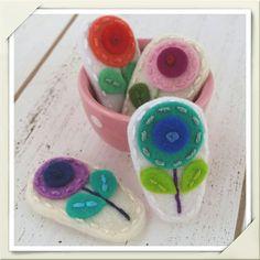sea-green-dot-flower-felt-snap-hair-clip