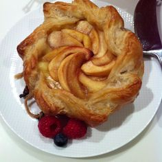 Apple Topped Brie en Croute~