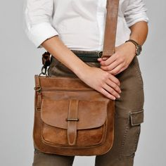Roots Side Saddle In Tribe Leather 208 Clothing Purse