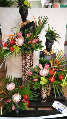 Make it by paper mache, paint, and then decorate as a floral edible arrangement. Tropical Floral Arrangements, Large Flower Arrangements, Tropical Flowers, Tropical Centerpieces, Spring Flowers, African Party Theme, Arte Floral, Flower Designs, Beautiful Flowers
