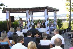 tóparti szertartás a Nautis kertjében