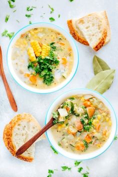 Vegan Corn and Zucchini Chowder - NeuroticMommy Healthy Soup Recipes, Vegetarian Recipes, Zucchini, Vegan Soups, Vegan Food, Veggie Soup, Chowder Recipes, Warm Food, Corn Chowder