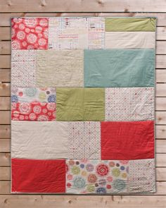 Modern baby quilt - Odds & Ends fabric - big blocks - girl quilt