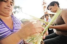Alistan palmas y pescados por Semana Santa Santa Cruz - Bolivia
