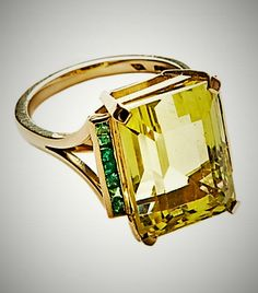 High Jewelry, Jewellery, Jeweled Shoes, Emerald Bracelet, Citrine Ring, Emerald Stone, Cocktail Rings, Beautiful Rings, Diva