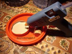 supporto pistola colla a caldo 2 by decoriciclo, via Flickr