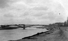 A rakparton egészen az 1970-es évekig nem volt komolyabb autóforgalom, eleinte – nevéhez hűen – rakodási terület volt főként. A kép 1936-ban készült. Fotó: Fortepan