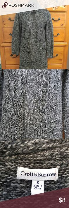 Women's long cardigan sweater🎉 Excellent condition runs big.☺ croft & barrow Sweaters Cardigans