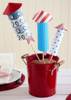Decorate your home in the spirit of Independence Day with our red, white, and blue 4th of July decorations. These easy decorations cover every July 4th theme you can think of—including flags and fireworks—and they're cute to boot. #redwhiteandblue #4thofjuly #4thofjulyparty #partyideas #4thofjulydecorations #bhg Patriotic Party, 4th Of July Party, Fourth Of July, Blue Table Settings, 4th Of July Decorations, Easy Decorations, July Crafts, Holiday Crafts, Holiday Ideas