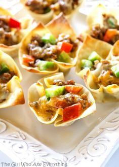 Sausage Wonton Stars - bite sized appetizers filled with sausage, peppers, cheese, and ranch dressing. the-girl-who-ate-everything.com