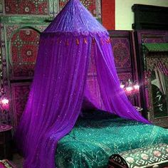 The two colors together are so BEAUTIFUL! A substitute if we dont have a four post bed to drape cloth/ lights from.