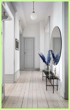 home decor recibidor Emelie Ekman on In - Arch Interior, Interior Exterior, Cute Home Decor, Halle, White Walls, Interior Design Living Room, My Dream Home, Home And Living, Interior Inspiration