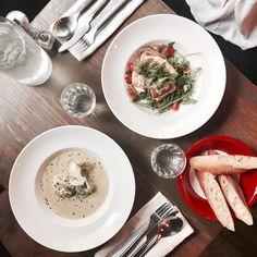 Regardez cette photo Instagram de @topparisresto • 1,820 J'aime  #resto #paris #parisresto #topparisresto #eatinparis #bonnesadresses #bonneadresse #restaurant #restaurantparis #parisrestaurant #cafe #café #coffee