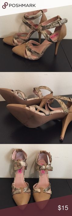 Berate Johnson Heels Distressed nude heels with faux snakeskin detail. Never been worn. Small scuffs from trying on around the house. Betsey Johnson Shoes Heels