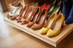 Dressing, Shoe Rack, Chelsea Boots, Organising, Shoes, Custom Furniture, Shoe Shelve, Zapatos, Shoes Outlet