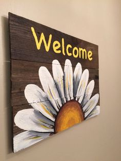 Reclaimed Wood Welcome Sign with White Daisy. by HippieHoundUSA Reclaimed Wood Welcome Sign with White Daisy. by HippieHoundUSA The post Reclaimed Wood Welcome Sign with White Daisy. by HippieHoundUSA appeared first on Pallet Diy. Pallet Painting, Tole Painting, Painting On Wood, Painting Canvas, Wood Paintings, Sign Painting, Painting Walls, Painted Boards, Painted Signs