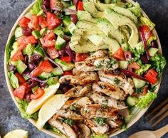 Grilled Lemon Herb Mediterranean Chicken Salad that is full of Mediterranean fla. - Grilled Lemon Herb Mediterranean Chicken Salad that is full of Mediterranean flavours with a dressi - Mediterranean Chicken Salad Recipe, Chicken Salad Recipes, Mediterranean Recipes, Healthy Chicken, Grilled Chicken, Lime Chicken, Chicken Avocado Salad, Mediterranean Breakfast, Chicken Snacks