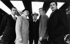 François Périer, Bourvil, Jean-Pierre Melville, Yves Montand and Alain Delon on the set of Le cercle rouge, Photo by André Perlstein. Check out Michael Fassbender by Paul Maffi here Saint Yves, Alain Delon, French Movies, Old Movies, Yves Montand, Melville, Gangster Movies, Crime Film, The New Wave