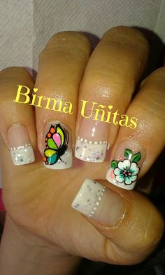 Nails Rock Nails, Nails & Co, Bling Nails, Fun Nails, Hair And Nails, Butterfly Nail Designs, Butterfly Nail Art, Flower Nail Art, Nail Art Designs