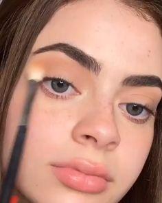 Edgy Makeup, Eye Makeup Art, Daily Makeup, Cute Makeup, Skin Makeup, Small Eyes Makeup, Makeup For Round Eyes, Sweet Makeup, Eye Makeup Steps