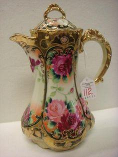 Flower printed teapot