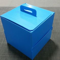 Amatech manufactures custom designed, reusable, collapsible plastic corrugated boxes, totes, and storage containers. Corrugated Box, Storage Containers, Packaging Design, Custom Design, House Design, Club, Home, Storage Bins, Package Design