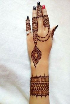 Explore latest Mehndi Designs images in 2019 on Happy Shappy. Mehendi design is also known as the heena design or henna patterns worldwide. We are here with the best mehndi designs images from worldwide. Henna Hand Designs, Mehndi Designs Finger, Mehndi Designs For Girls, Mehndi Designs For Fingers, Unique Mehndi Designs, Beautiful Mehndi Design, Bridal Mehndi Designs, Henna Tattoo Designs, Indian Henna Designs