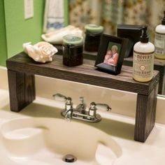 Master bathroom counter top organization