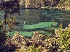 French riviera  saturday vibes.  #vibes #somewhere #landscape #vscotravel #vsco #vscodaily #beach #mediterranean #inspiration #France #riviera by johanstjerneus