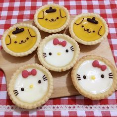 Tart Cute Snacks, Cute Desserts, Cute Food, Doraemon Cake, Cute Bakery, Kawaii Cooking, Custard Desserts, Kawaii Dessert, Egg Tart