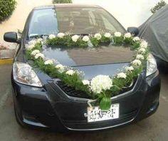 arreglos para carro de novia con flores