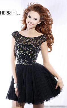 NewYorkDress Blog // New Year's Eve #Trend: A-Line Dresses // Click through for more! // Dress: Sherri Hill 2814